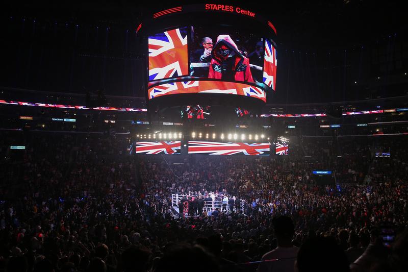 Boxing: KSI vs Logan Paul